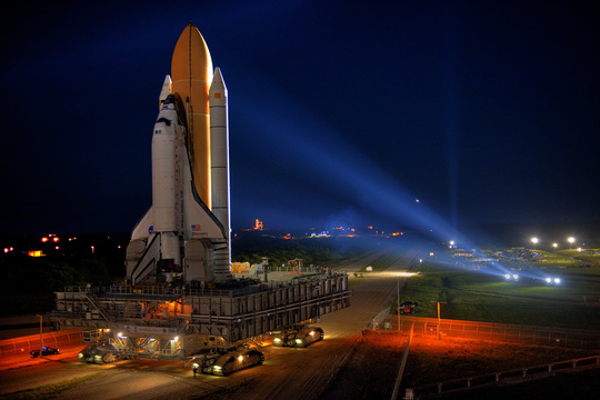 Discovery's Final Rollout - Image courtesy Larry Tanner, United Space Alliance