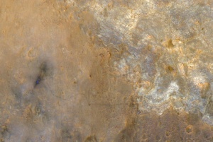 CLICK TO ENLARGE - Mars Curiosity Rover from MRO