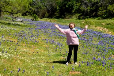 Geri in the Willow Loop bluebonnets (1)