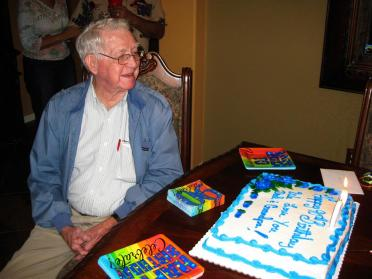 grandpa-scopes-out-the-cake