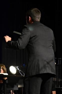 conducting-the-fhs-concert-band-2-