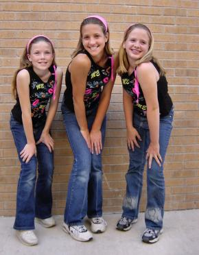 8-carly-brittany-and-melanie