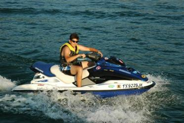 joe-cool-on-the-jetski