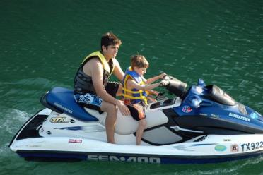 matt-has-control-of-the-jetski